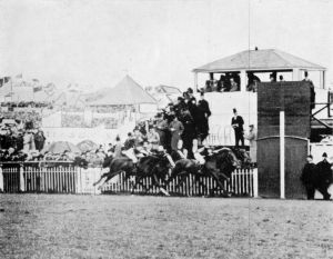 MINORU shown winning the Epsom Derby of 1909 for HM The King.