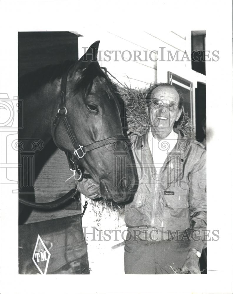 creme fraiche w woody stephens?w=237&h=300 the vault horse racing past and present the vault horse racing  at edmiracle.co