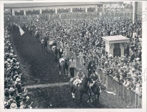 1930: Horses go to the post in the Massachusetts Handicap, won by MENOW. Triple Crown winner WAR ADMIRAL is also in here somewhere.