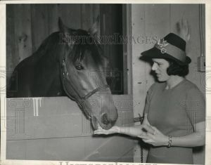 SEABISCUIT with Marcella Howard. Photo and copyright, Chicago Tribune