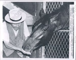 NASHUA with Sunny Jim, who adored his less-than straightforward charge. Photo and copyright, THE CHICAGO TRIBUNE.