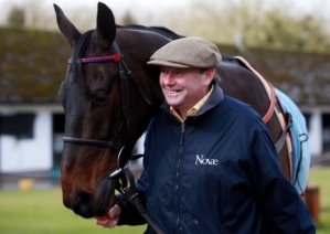 SPRINTER with trainer, Nicky Henderson. Nicky is no stranger to great horses, having trained the likes of