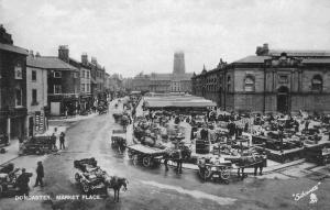 Doncaster market in 1906.