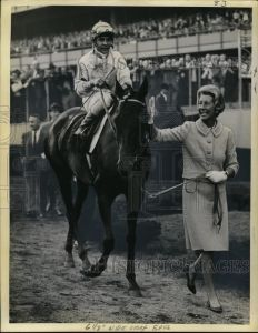 KELSO with owner, Allaire DuPont. Photo and copyright, The Chicago Tribune.